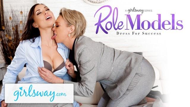 Hot MILF Gifts Aidra Fox a sensual lesbian licking